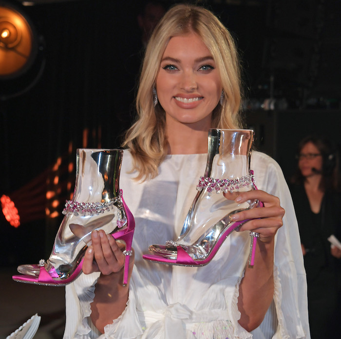 René Caovilla and Chopard designed a true jewel sandal to support the first Charity Gala of Naked Heart Foundation in Switzerland