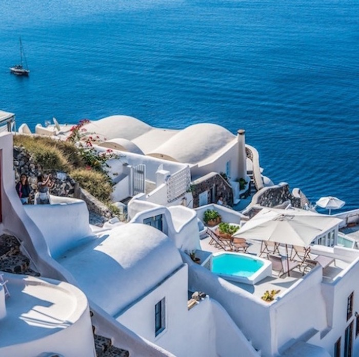 Santorini: Greece's Heavenly Sea Views, Mountains and Volcanos